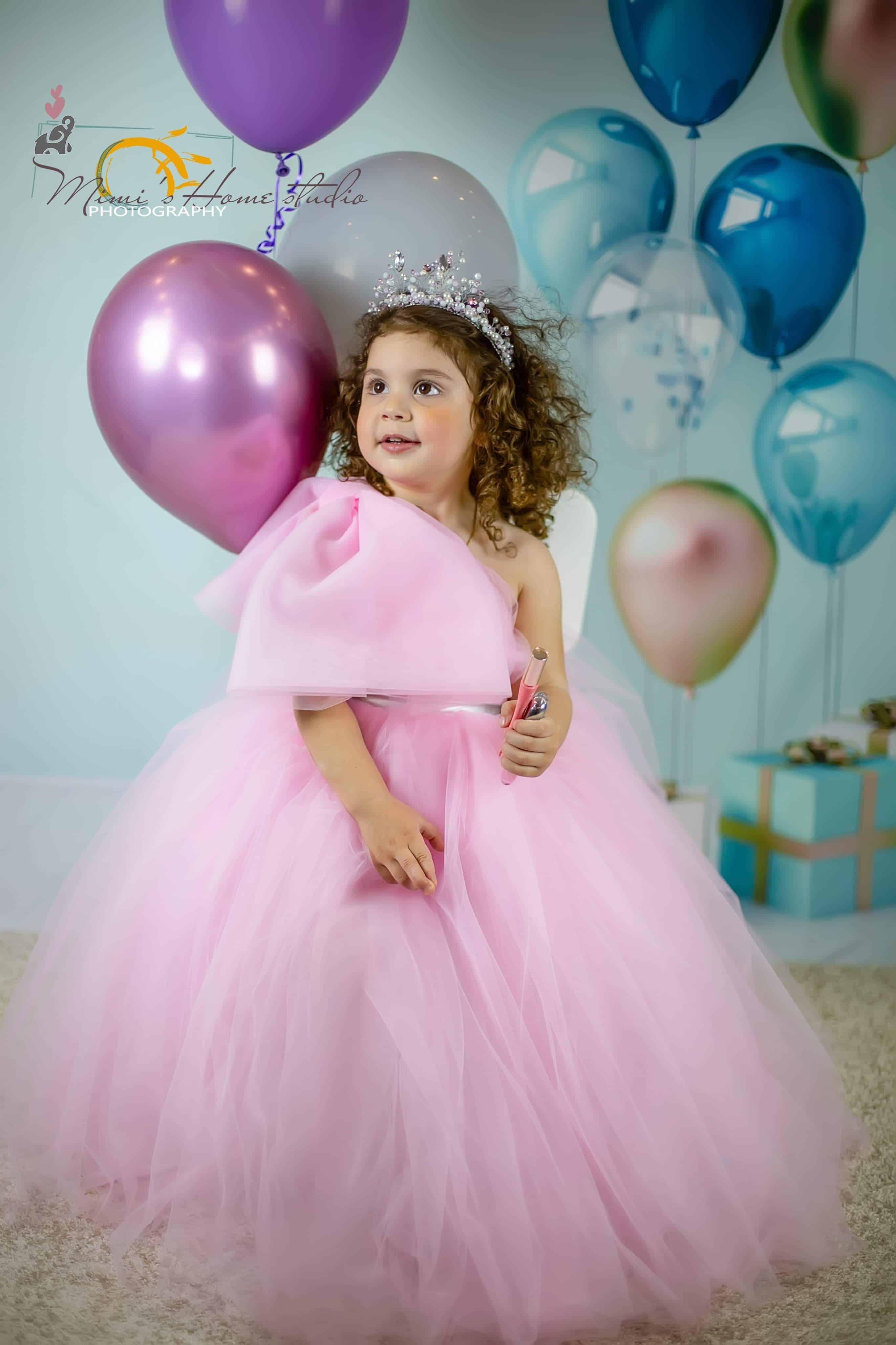 ღია ვარდისფერი ცალმხრიანი კაბა ბაფთით #8